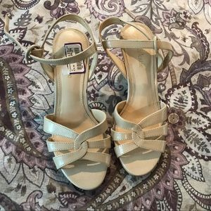 Beautiful heeled sandals!